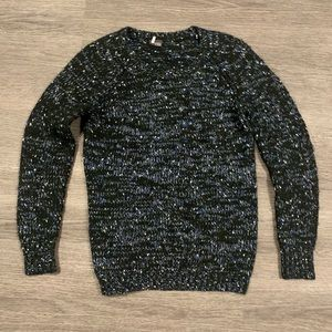 [Urban Outfitters] Pullover Sweater